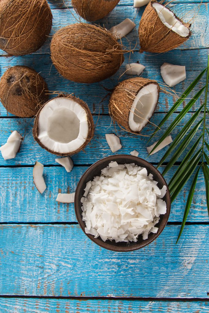 coconut oil for dry scalp and dandruff
