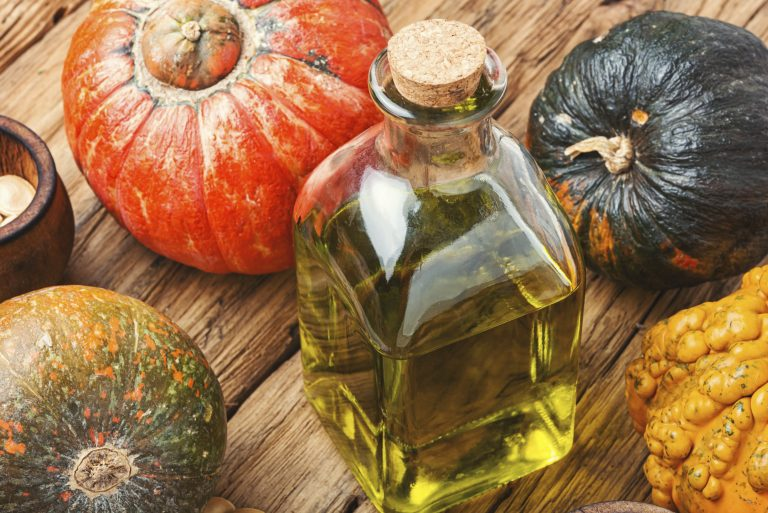 Top 3 Pumpkin Seeds Benefits For Hair [According to Experts]