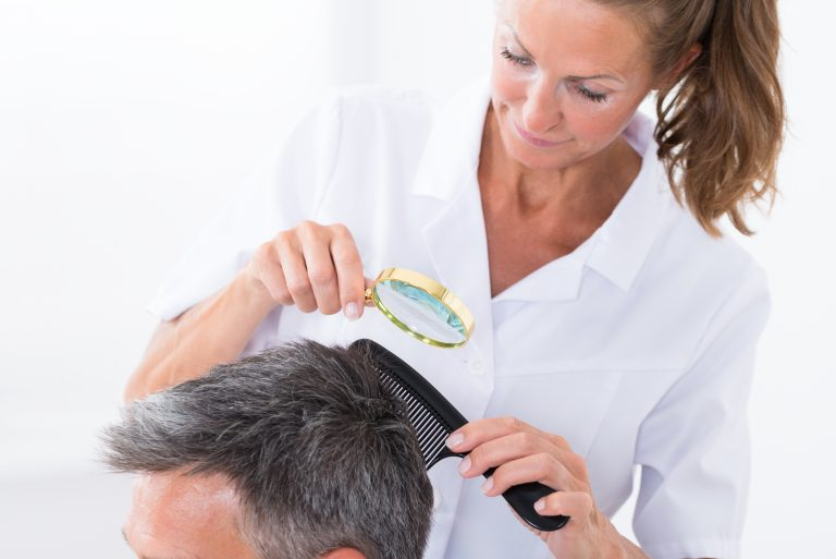 Dry Scalp vs Lice – What's the Difference?